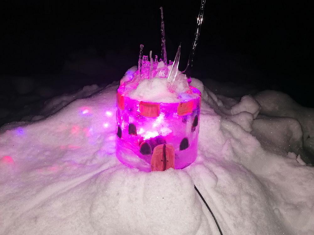 Ledas - konstrukcinė medžiaga